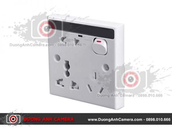 Camera ngụy trang Ổ điện âm tường EW20 được thiết kế tinh xảo, kín đáo giám sát mọi không gian